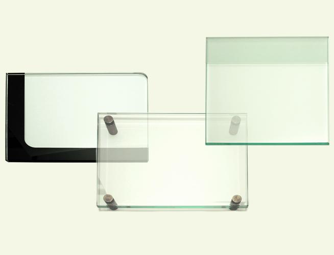 Gläser für Beschilderungen